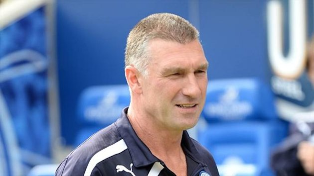 Nigel Pearson wants Leicester to go into the game against Manchester City with a positive mindset