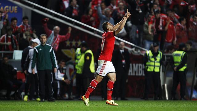 Europa League - Lima fires Benfica to victory over Juve in gripping encounter