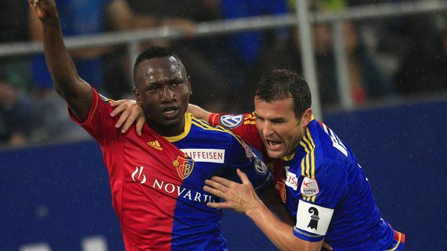 Bundesliga - Hamburg sign Basel striker Zoua