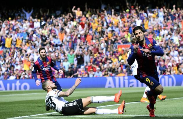 Luis Suarez and Barcelona lead AP Global Football 10