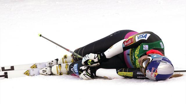Alpine Skiing - Vonn tears knee ligament in training accident