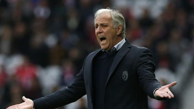Lille's coach Girard reacts during their French Ligue 1 soccer match against Nantes at Pierre Mauroy Stadium in Villeneuve d'Ascq