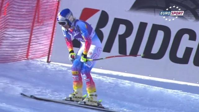 Alpine Skiing - Vonn undergoes successful knee surgery