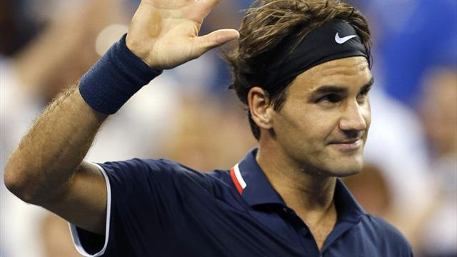 US Open - Rampant Federer strolls, Tsonga dumped out