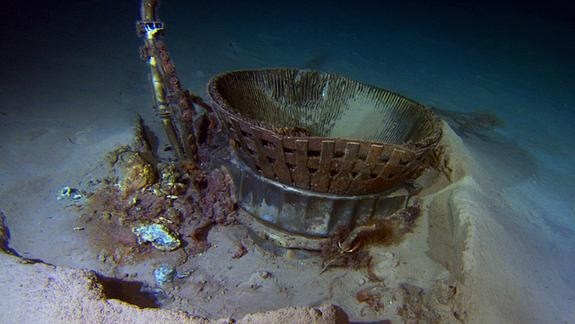 Apollo Moon Rocket Engines Raised from Seafloor by Amazon CEO