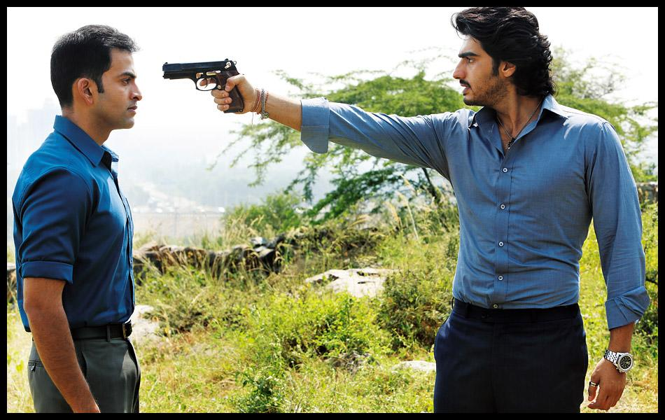Meet the policewalas in 'Aurangzeb'