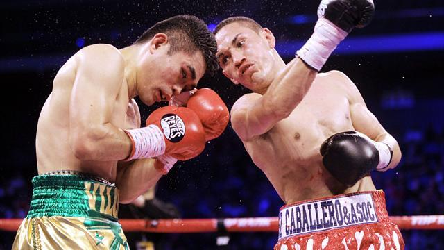 Boxing - Viloria loses titles in shock against Estrada