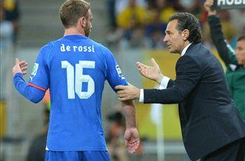 Verratti out as De Rossi returns to Italy squad
