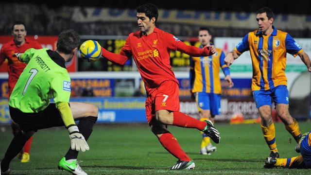 FA Cup - TV station says sorry for labelling Suarez a cheat