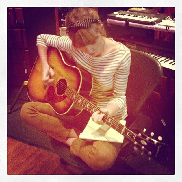 Celebrity Twitpics: Following her split from One Direction's Harry Styles, Taylor Swift tweeted this photo of herself back in the recording studio. Probably writing songs about Hazza.