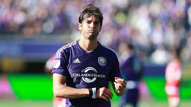Kaka replaces Douglas Costa on Brazil roster