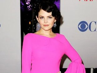 Ginnifer Goodwin sizzles in a hot pink Roksanda Ilincic dress