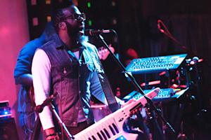 Robert Glasper Experiment Redefine 'Black Radio'