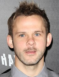 Dominic Monaghan entertains fans at Burbank restaurant