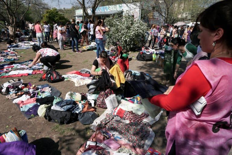 Argentinos aguzan ingenio frente a la inflación sin tregua