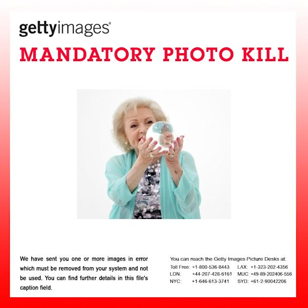 ATTENTION EDITORS > PHOTO KILL:   Betty White Fashion Shoot For The Lifeline Program
