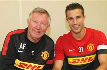 Arnold Muhren unsurprised by Manchester United move for Van Persie