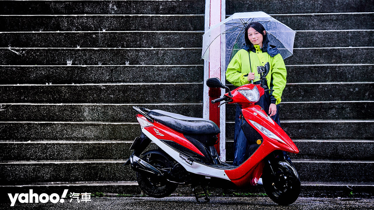 冬季騎車抗雨大作戰!5款嚴選「騎士防水好物」開箱實測!
