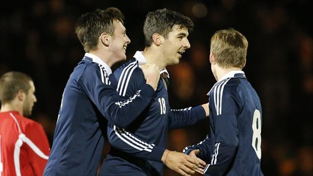 Euro U21 - Paterson salvages point