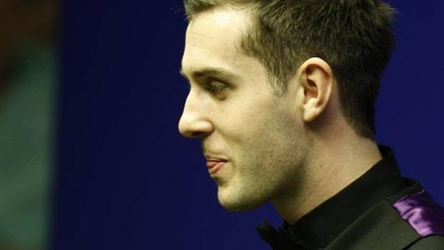 Snooker - Selby crashes out as Trump survives scare in Newport
