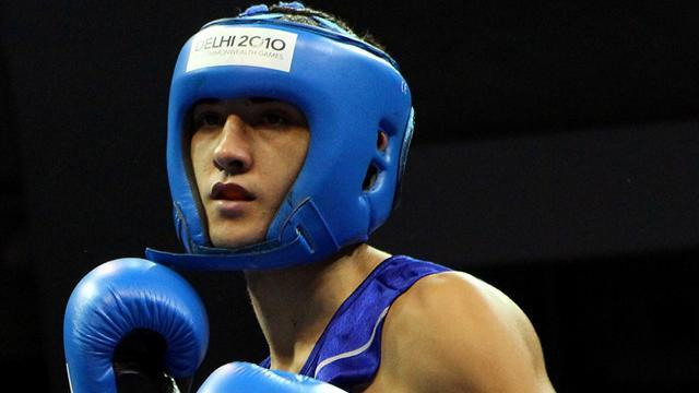 Boxing - Fowler and Selby guaranteed bronze at worlds, Evans out