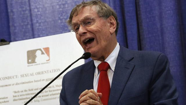 "Baseball - Commissioner calls steroid probe ""only thing to do"""