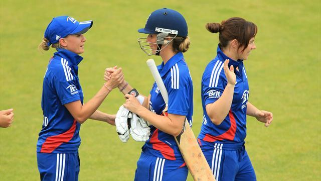 Cricket - England women beaten in Tri-Nation final