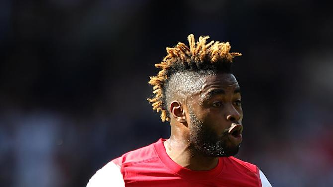 Alex Song is eyeing silverware after joining Barcelona from Arsenal