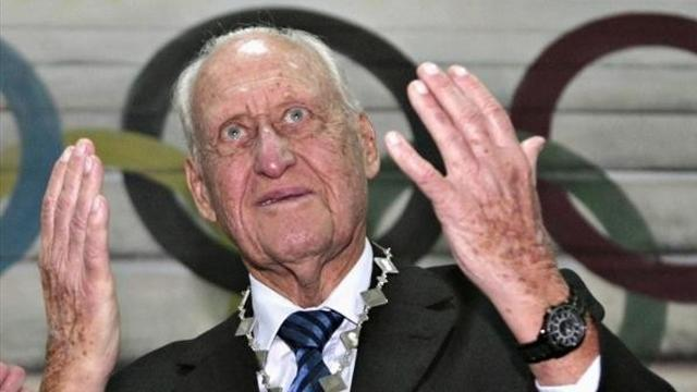Football - Havelange quits, Blatter cleared of misconduct