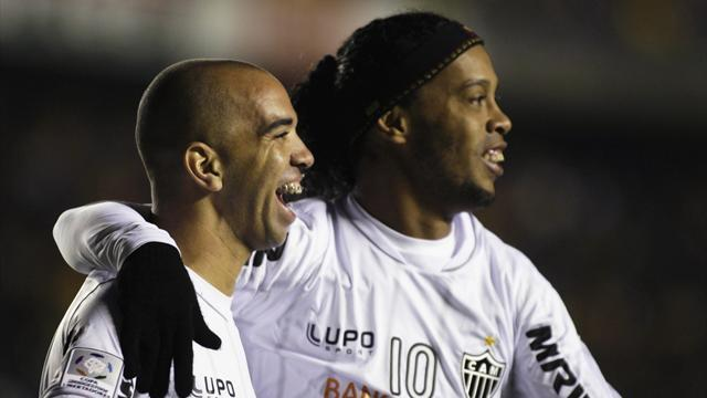 South American Football - Injured Ronaldinho in danger of missing Club World Cup