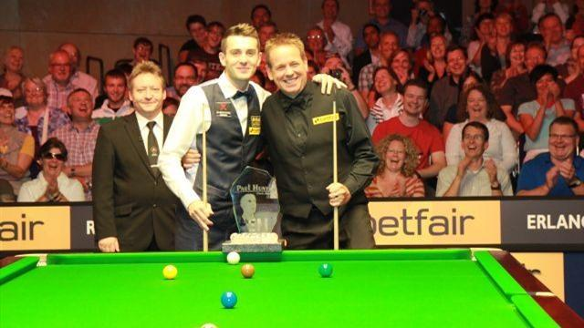 Selby retains Paul Hunter Classic title