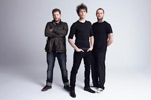 Fratellis Rip It Up on 'This Old Ghost Town' - Song Premiere
