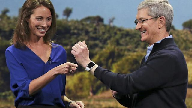 Apple's $10,000 gold watch fails to impress investors