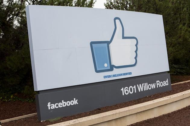 Statistics from social media monitoring firm SocialBakers suggest 600,000 people stopped using Facebook in the UK in December. (Image: Rex)