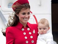 Lagi Kate Middleton Alami Wardrobe Malfunction Gara gara Angin
