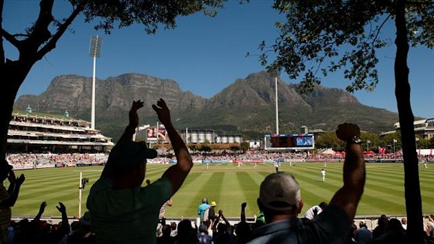 Pakistan's batsmen fought back in the afternoon session at Newlands