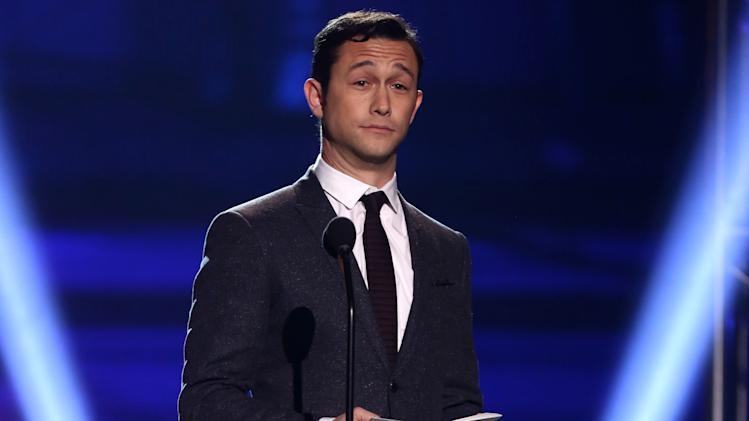 Joseph Gordon-Levitt presents the award for best actress at the 18th Annual Critics' Choice Movie Awards at the Barker Hangar on Thursday, Jan. 10, 2013, in Santa Monica, Calif.  (Photo by Matt Sayles/Invision/AP)