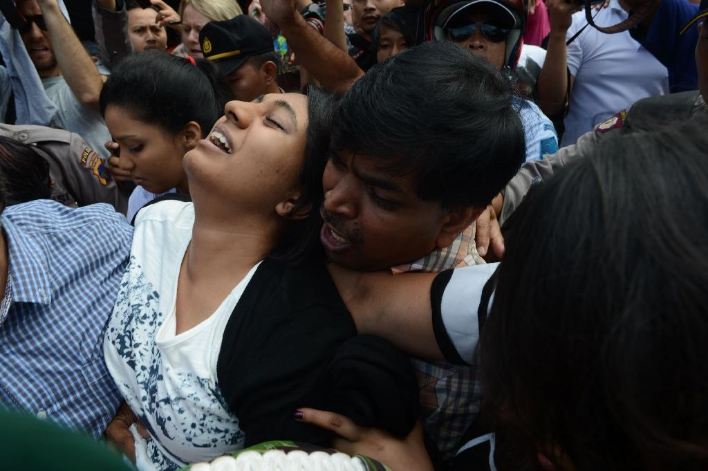 Anguished families say goodbye before Indonesia executions
