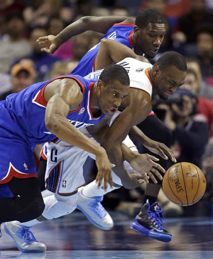 Henderson helps Bobcats end Sixers' streak at 3
