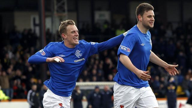 Football - Faure strike helps Rangers to win