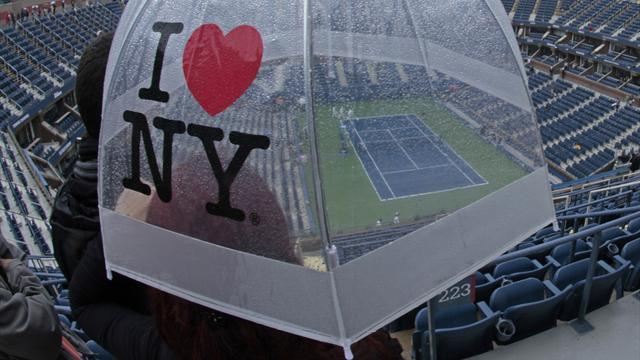US Open - Serena washed out as rain plays havoc