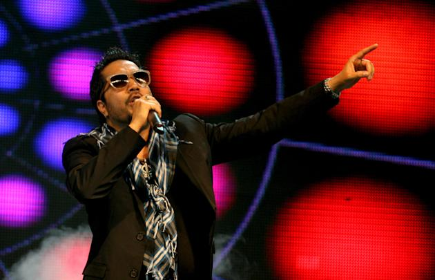 Singer Mika Singh performing during the opening ceremony of Champions League T20 at Sawai Mansingh Stadium, Jaipur on Sept. 21, 2013. (Photo: IANS)