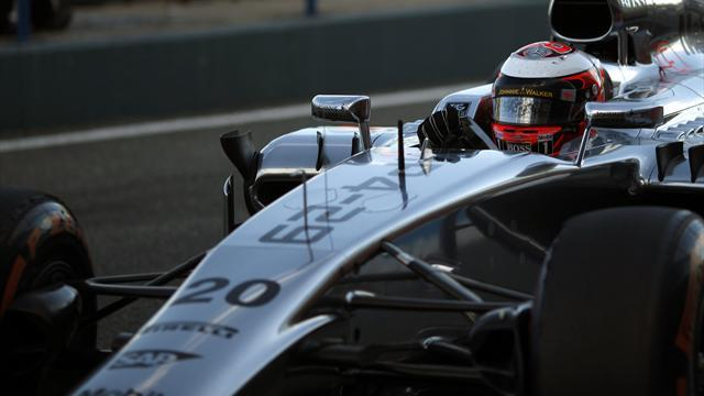 Formula 1 - Boullier hails 'incredible' Magnussen