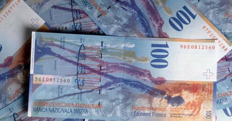 Bond oggi: il caro vecchio franco svizzero torna in auge