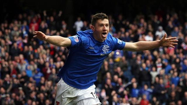 Football - Aird hopes for right blend