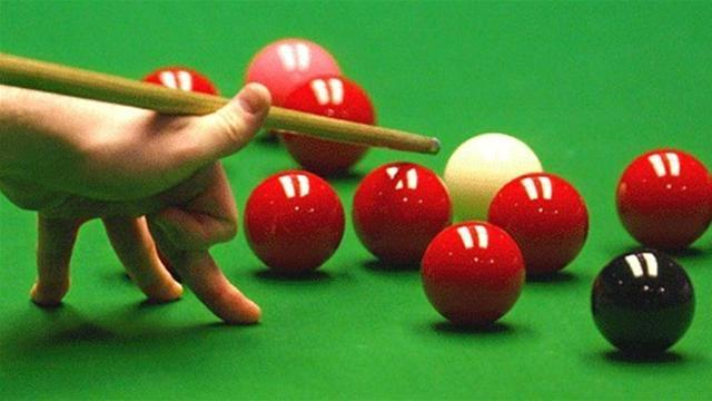 Snooker - Williams wins World Open opener