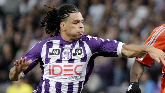 Ligue 1 - Riviere joins Monaco from Toulouse