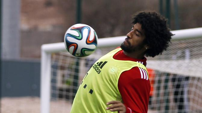 Bayern Munich's Dante of Brazil takes part in the final training session ahead of their Club World Cup soccer match in Agadir