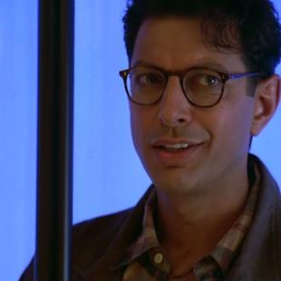 'Independence Day 2' Producer Provides First Look at Jeff Goldblum on Set (Photo)