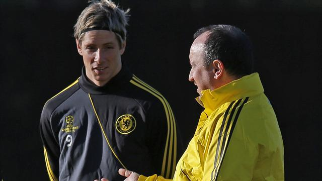 Premier League - Benitez praises Torres - for his defending